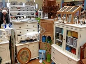 Er du vild med genbrug? Stort antikmarked åbner for 16. gang