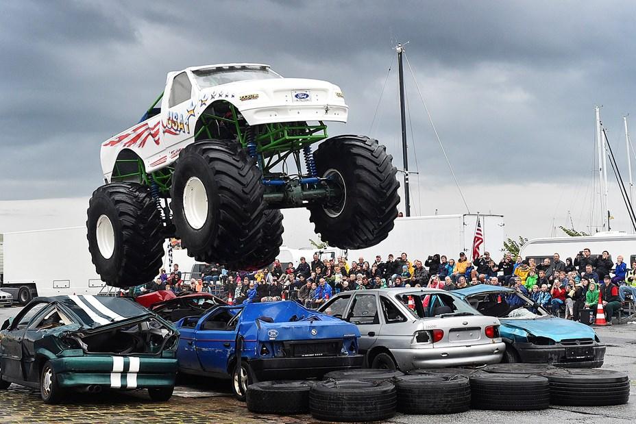 Monster Trucks på Stadion