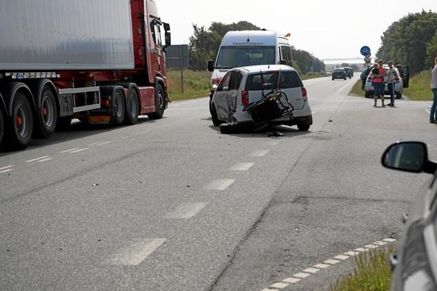Færdselsuheld spærrede hovedvej