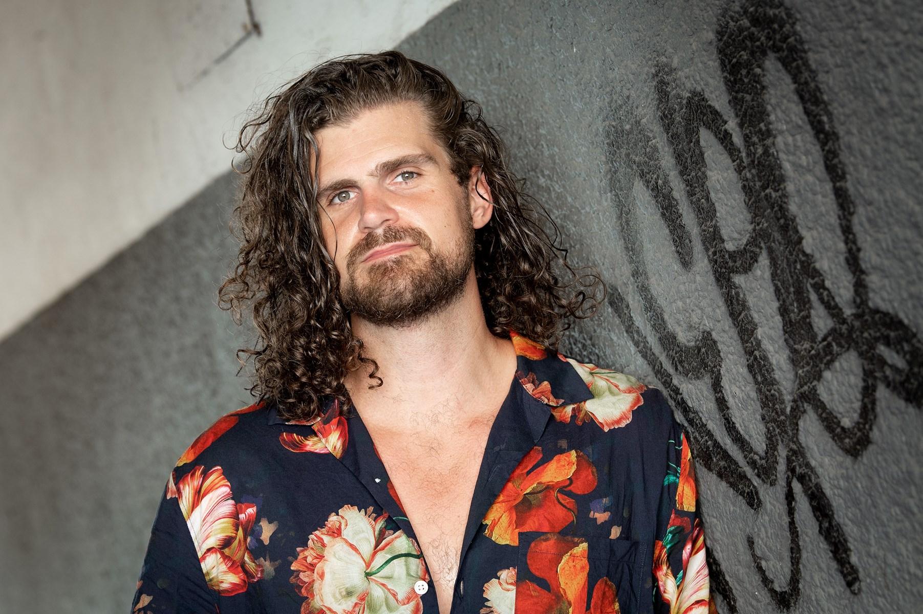 Kendt bassist vil holde unge talenter i Aalborg