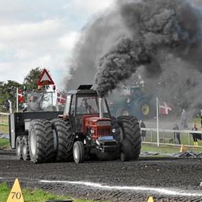 Traktortræk i Klokkerholm