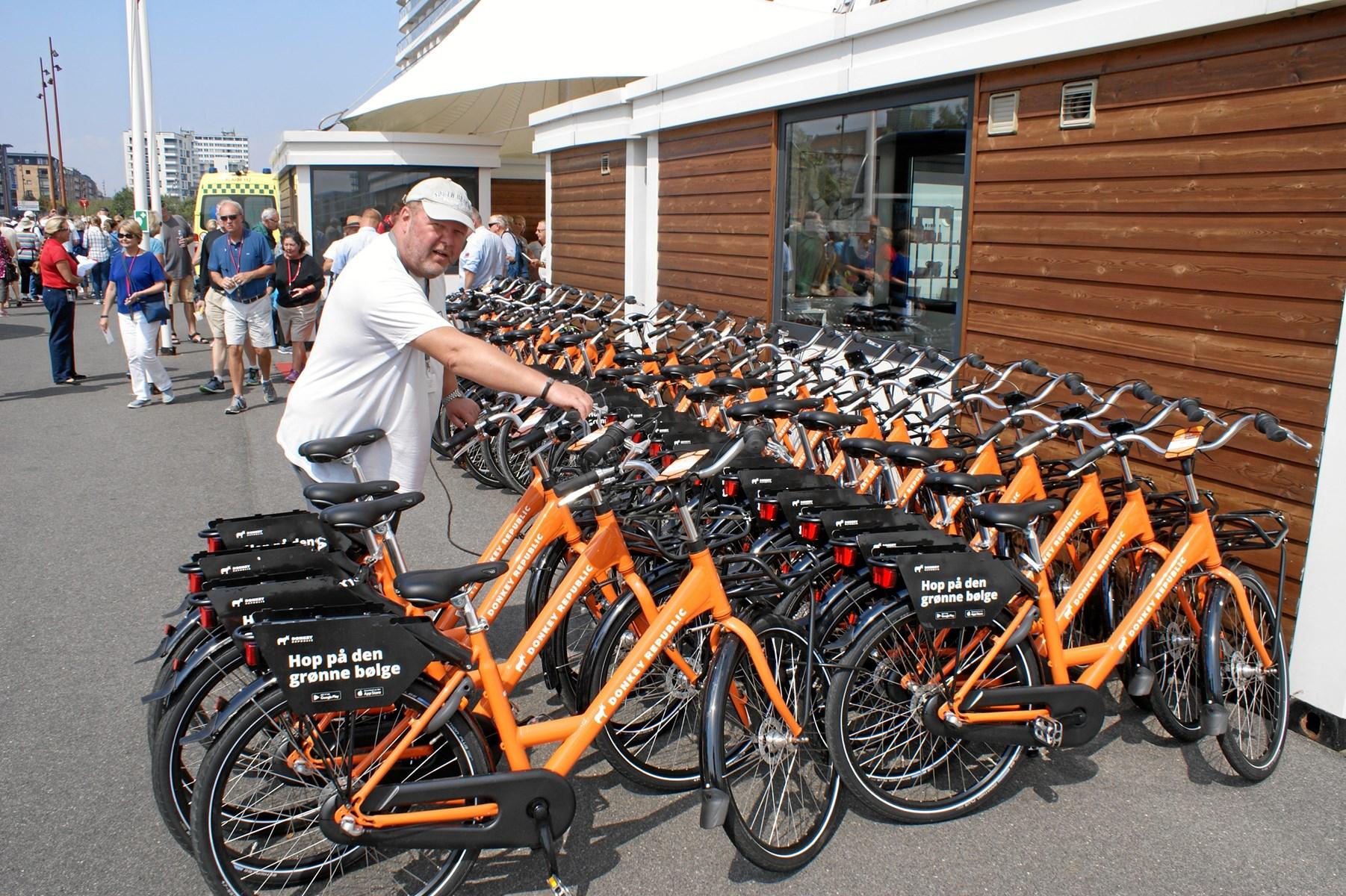 Amerikanske cyklister på havnefronten