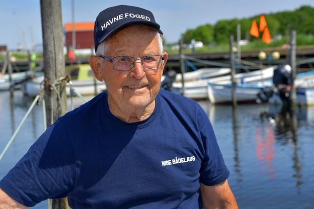 92-årige Ejnar lever med pacemaker nummer to: - Jeg har nok at se til