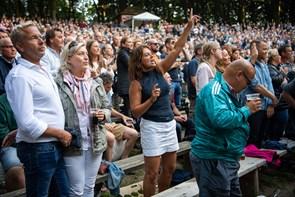 Generationer samlet til Kim Larsen-koncert