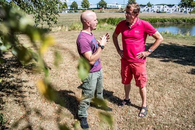 Det bør være helt legalt for mænd at dele de inderste tanker, er Emil Vestergaard Brøndlund-Petersen og Kurt Kristensen enige om.