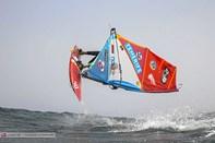 Ung surfer fra Klitmøller kan vinde VM