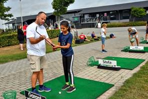 Junioruge med golf