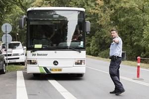 Sydøstjyllands Politi genoptog torsdag kontrollen af shuttlebusser til festivalen. Seks ud af ti dumpede.