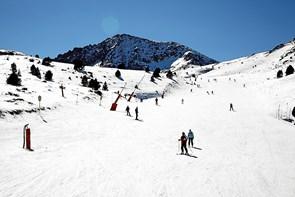 Direkte fra Aalborg: Nu kan du flyve på skiferie i Andorra