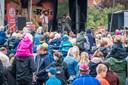 Se billederne: Over 3000 til Åhh Abe i Løgstør trods øsregn