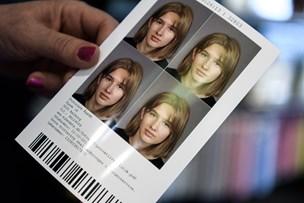 Gamst om kommunal pasfotoservice: Skal vi så også klippe borgerne?