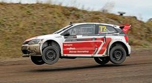Trods en smadret gearkasse i indledende heat endte Ulrik Linnemann med at tage sejren RallyX Nordic 2018