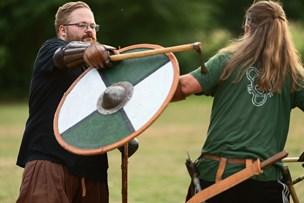Gentlemansport: En god viking siger undskyld, hvis han slår for hårdt