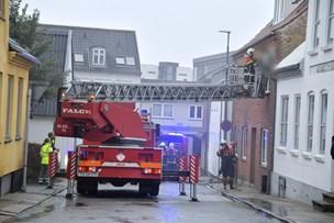 Brand var centreret omkring seng i soveværelse