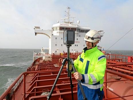 Skrappere miljøkrav skaber nye jobs i skibsbranchen