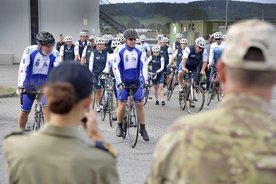 De sårbare veteraner var klar til Ride4Rehab - starten gik fra Flådestation Frederikshavn.