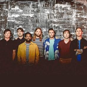 Maroon 5 spiller i Mølleparken til sommer