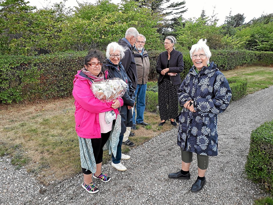 Kulturpersonligheder mindet på kirkegården