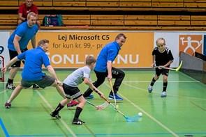 Floorball som nyhed i Vittrup UGs vinterprogram
