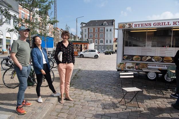 Maria Morres sammen med Bo Klit, der er ejer af Cheerup foodtruck og arrangør af høstfesten, og Sarah Mondrup. Hun ejer Sarahs Saloner og deltager med sin kaffevogn til flere events, ligesom hun er medarrangør af høstfesten.