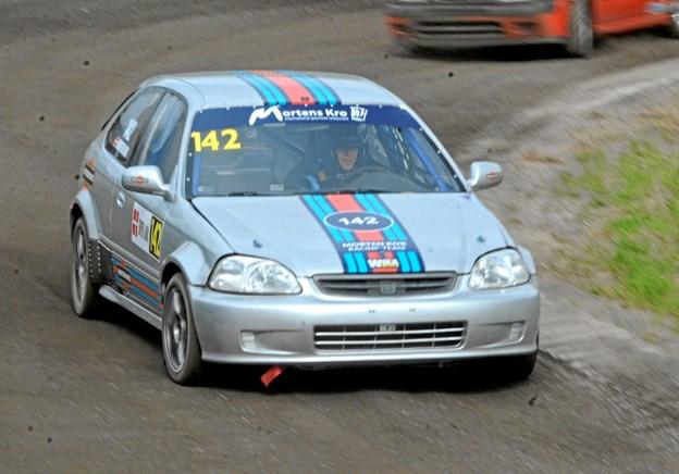 Morten Kok styrer sikkert mod DM-sølvet i Super 1600 for rallycross.
