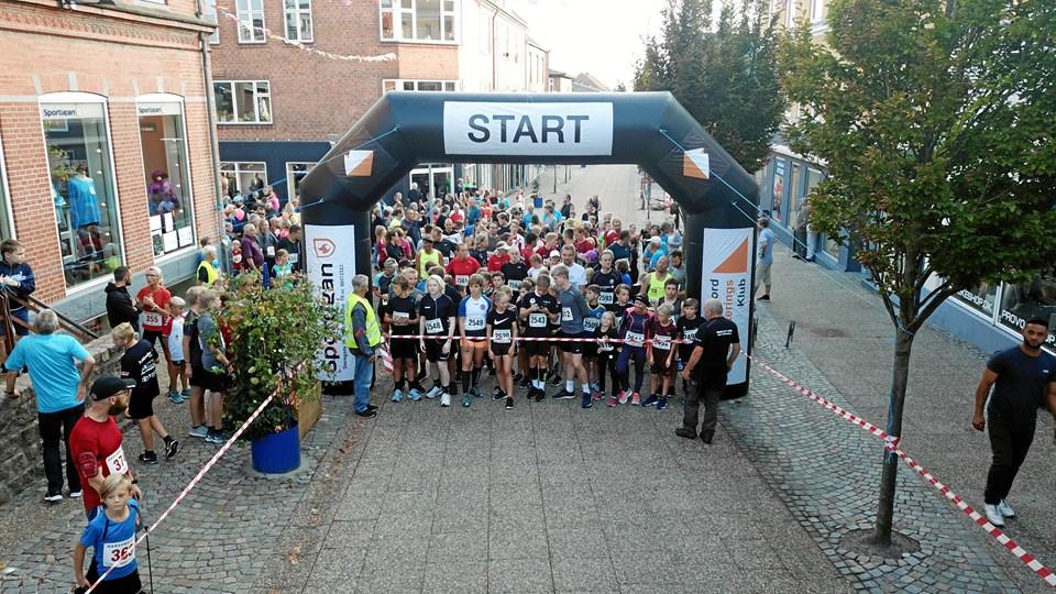 Klar til start i Storegade i Hadsund. Privatfoto: DroneData.dk