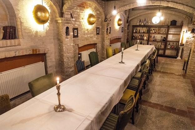 Kælderen blev med tiden udevidet og har i dag flere lokaler, hvor man kan nyde kokkens valg af italienske retter.