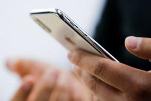 Overvejer du at købe ny mobiltelefon fra Apple, så vent lige nogle dage eller uger, for så er der 1000-1500 kroner at spare