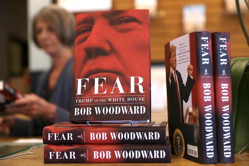 På første dag efter udgivelsen blev der solgt 750.000 eksemplarer af Bob Woodwards bog om Donald Trump.