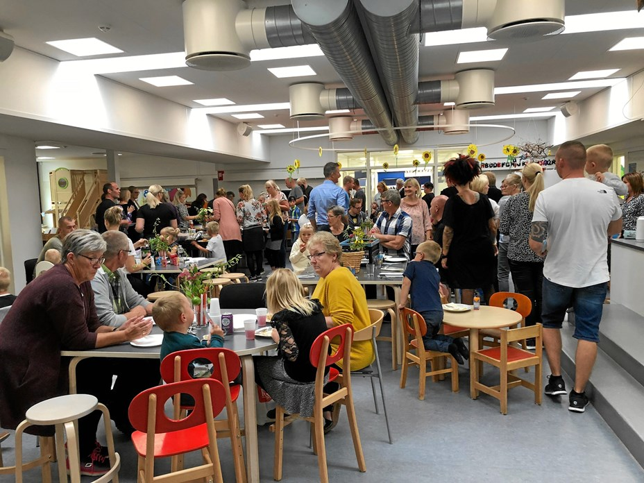 200 var med til sommerfest i Kridthuset