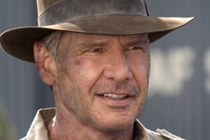 Han Solos jakke blev ikke solgt på en auktion i London. Men det gjorde Indiana Jones' karakteristiske hat.