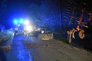 Bil stødte sammen med traktor: 72-årig omkom