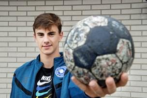 Thisted-dreng gik fra at være spinkel til at blive et af Danmarks største håndboldtalenter