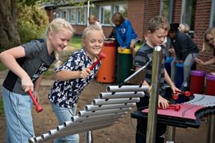 Børn er glade for mobilforbud: - Det er sjovt at være social