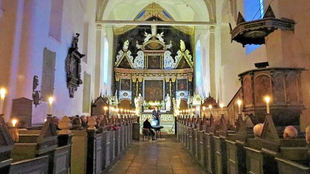 En stemningsfyldt sensommerkoncert i klosterkirken