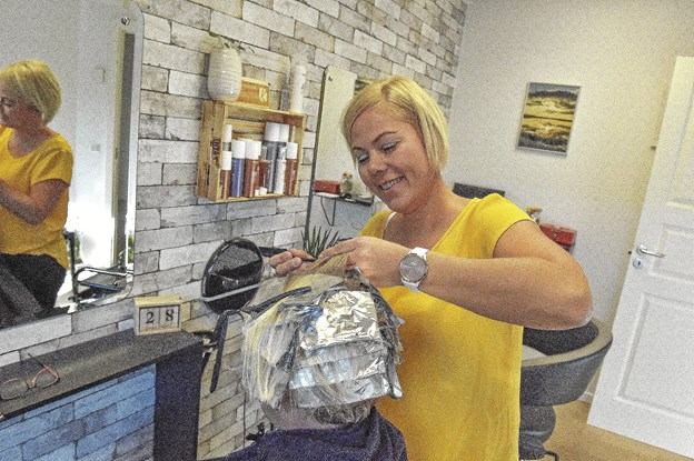 """De """"gamle kunder"""" fra for over 10 år siden er vendt tilbage som kunder i Karina K.Foto: Ole Iversen"""