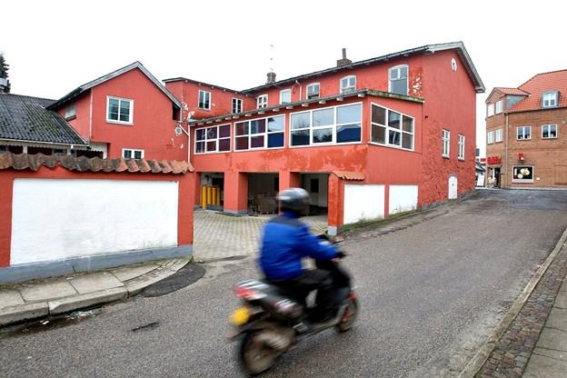Allerede da Arden Gl Kro & Gæstgivergaard lukkede for 11 år siden, var værelsesdelen (billedet) i så ringe forfatning, at det ikke kunne svare sig at restaurere kroen. Arkivfoto: Lars Pauli