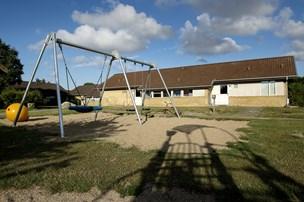 22-årig sigtet for knivstikkeri på asylcenter