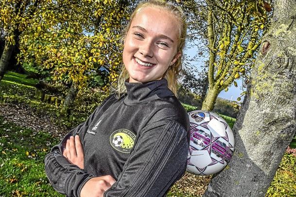 Sophie er FC Thy Pigers første landsholdspiller
