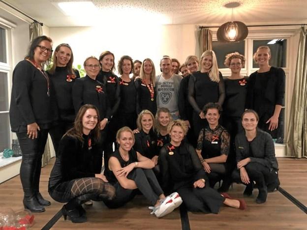 Medlemmerne af Ladies Circle Hobro kan glæde sig over et vellykket arrangement med mobning som overordnet tema. Privatfoto