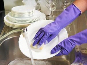 Når vasketøj og opvask flyder overalt: Ryd op på rekordtid med disse simple trick