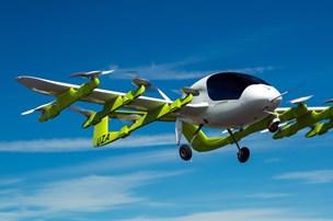 Flyvende biler: Se hvor de kommer først