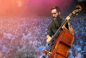Fremadstormende band med nordjyske rødder: Fra de store festivalscener til Hjallerup kro