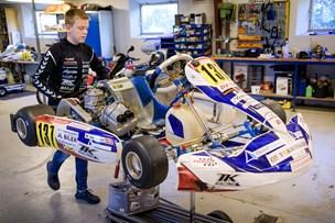 14-årig racerkører fra Thy giver den gas: Skaffer en halv mio. kr. om året