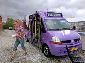 Bogbussen dropper tre stoppesteder