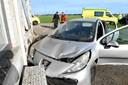 Solouheld: Bilist bragede ind i hus