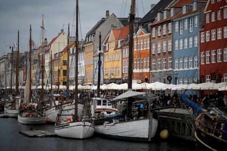 En lejlighed på 287 kvadratmeter ved Nyhavn er den dyreste lejlighed nogensinde - salget falder i Aalborg