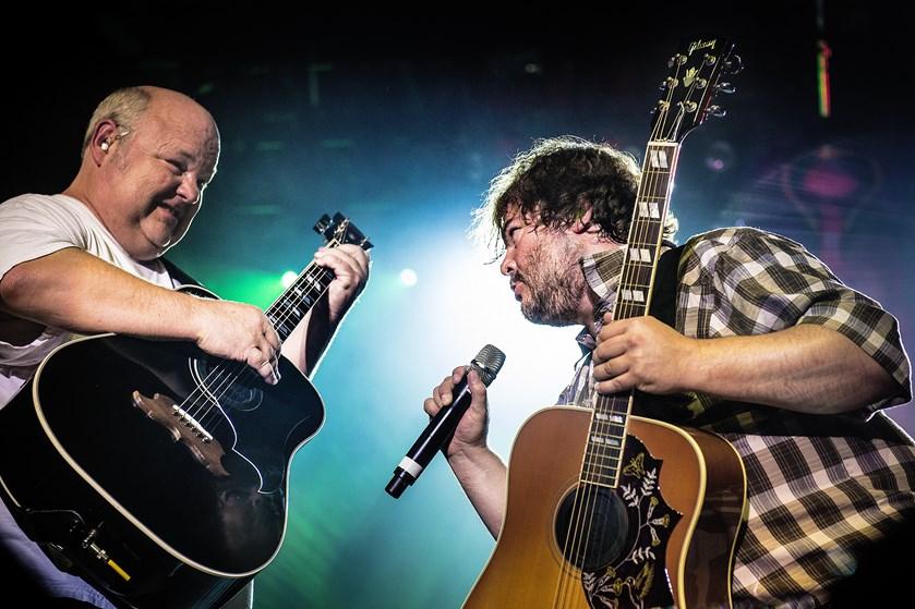 Rock og satire mødes, når Tenacious D næste sommer giver koncert på dansk jord.