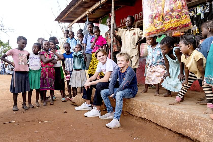 Annette Heick og Jesper Vollmer har været i Malawi med børnene, Eliot og Storm.