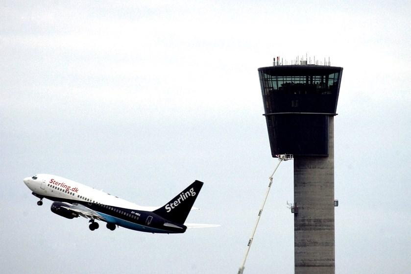 For første gang skal fly kunne lokaliseres verden over. Selskab spår besparelser og mindre CO2-udledning.
